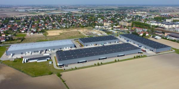 magazynypl-zdjecie-lotnicze-Ozarow-Business-Center